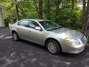 2007 BUICK LECERNE WITH ONLY 117800 KM.