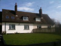 Large 3 bedroom house for rent in quiet countryside, surrounded by fields