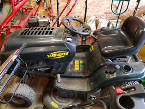 "Yardworks 42"" Mower"