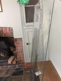 Shower screen- curved