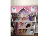 Girls Dolls House