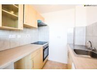*** Spacious One Double Bedroom Flat With Newly Decorated Bathroom, 10 Min Walk To Station ***