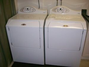 Laveuse - sécheuse Maytag Neptune 300$/2