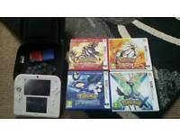 Nintendo 2ds with 4 pokemon games all complete boxed. Good working order!