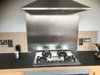 Gas cooker with extraction fan