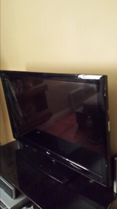 "42"" LG plasma 3d TV"