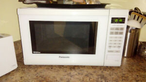 Great working, flawless clean like new microwave!