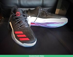 Selling NEW Authentic D ROSE 7 LOW size 11.5!