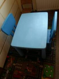 Childs nursery bedroom outdoor table good condition