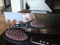 Ceramic digital hair straightener brush