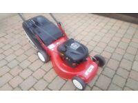 Efco 20 inch cut lawnmower. briggs & stratton engine