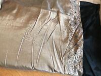 King size black/gold duvet cover set