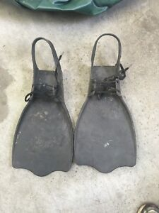 Flippers for belly boat