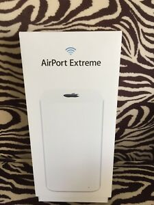 Apple AirPort Extreme Wifi router 802.11