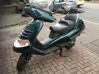 1999 Piaggio Hexagon (X8) Suzuki Burgman style maxi delivery scooter. Low lineage, TWO STROKE! Fast!