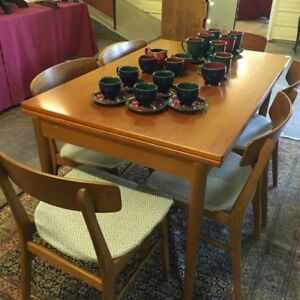 TEAK DINING TABLE AND 6 CHAIRS FROM DENMARK