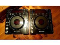 x2 Pioneer CDJ 1000 Turntables/Decks - Bargain