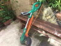 Perfect working order hedge trimmer