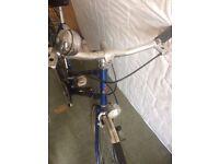 Vintage Raleigh Bike with working Dynamo Lights