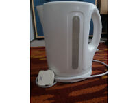 Used White Basic Kettle For Sale £3