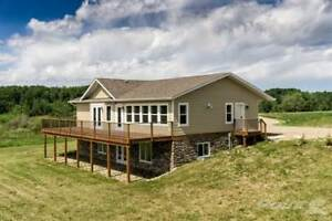 Homes for Sale in Onanole, Minnedosa, Manitoba $389,900
