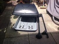 Halfords Roof box and Thule Roof Bars with foot pack