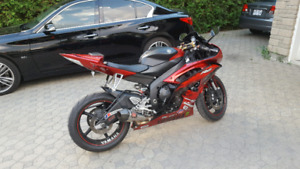 Yamaha R6 2011 for sale, LOW mileage, great condition