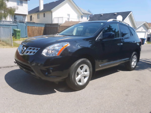 2013 Nissan Rogue SV ***ONLY 44,000KMS**