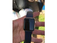 Gold iwatch series 2. Used a few times GOOD CONDITION