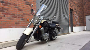 LOW KM - HONDA SHADOW ACE + EXTRAS