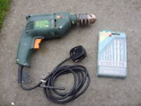 Lynx Power Tools 500W 230V-50Hz Corded Electric Drill + Pack Of Drill Bits - Full Working Order