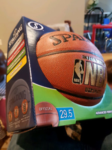 Official NBA Spalding Leather indoor / outdoor basketball
