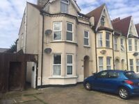 One Bedroom Ground Floor Maisonette, with off street parking and garden, situated in Hayes Road COS