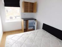 Lovely Double bedroom close to Salford University
