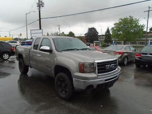 2013 GMC Sierra 1500 - LOW KM- RATES AS LOW AS 3.69% APPLY TODAY