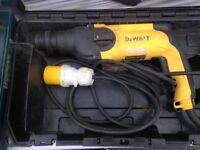 Dewalt 110v hammer drill in good working order