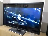 PANASONIC TX-L42ET5B 42 INCH FULL HD LED 1080p SMART TV WITH BUILT IN WIFI AND BUILT IN FREEVIEW
