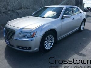 2012 Chrysler 300 Touring/ Keyless Start/ Cruise Control