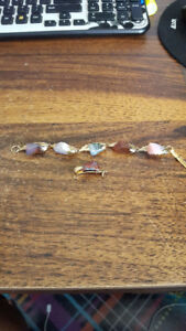 Assorted Bay of Fundy stones with gold plated leaves bracelet