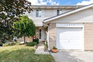 TOWNHOUSE STYLE IN DESIRABLE TECUMSEH!