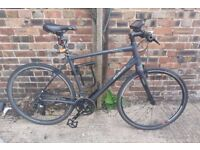 Specialized Sirrus Comp (Carbon forks & Seatpost) Hybrid / Commuter bike