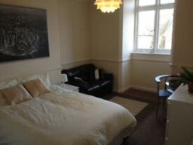 Double Bedroom Heart of Bournemouth