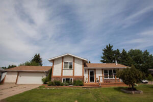 3 brd/2 bthrm house for rent in Morinville