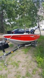 VERY NICE CRESTLINER ALUMINUM BOAT WITH 15HP MERC AND TRAILER