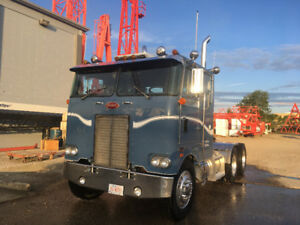 1979 Peterbuilt cabover