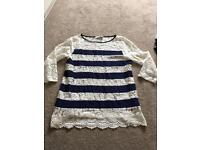 Oasis lacy Top Size small