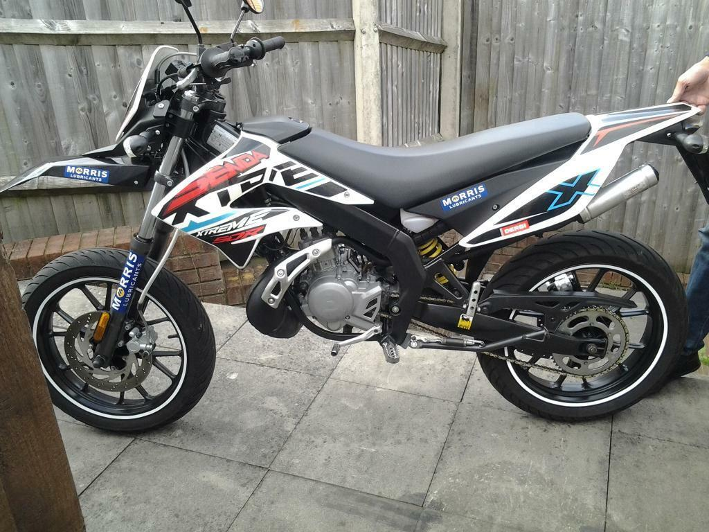 derbi senda xtreme drd sm 50cc 2015 model in rumney cardiff gumtree. Black Bedroom Furniture Sets. Home Design Ideas