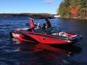 New 2016 Centurion FS33 Enzo Wakeboard and Wakesurf Boat