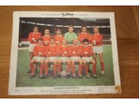 REDUCED PRICE NOW ONLY £4 MANCHESTER UNITED VERY COLLECTIBLE TY-PHOO TEA TAM PHOTO 1965