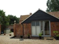One or Two bed holiday home Self Catering Norwich Norfolk Great Location 1 week - 11-18th August